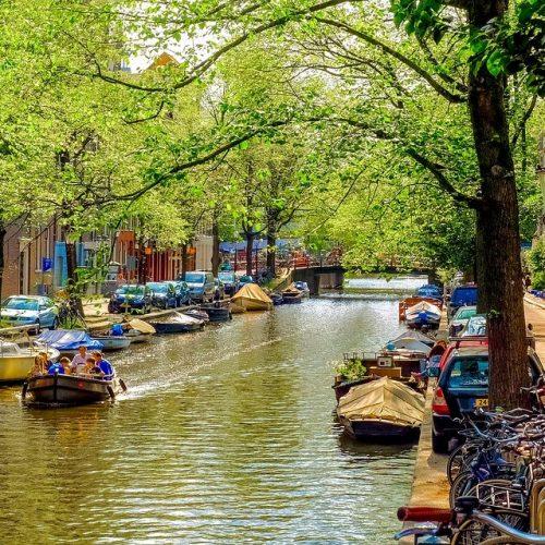 Bedrijfsafval Amsterdam ruimt voor je op
